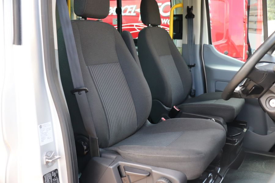 FORD TRANSIT 460 TDCI 155 L4H3 TREND 17 SEAT BUS HIGH ROOF DRW RWD  - 9893 - 13