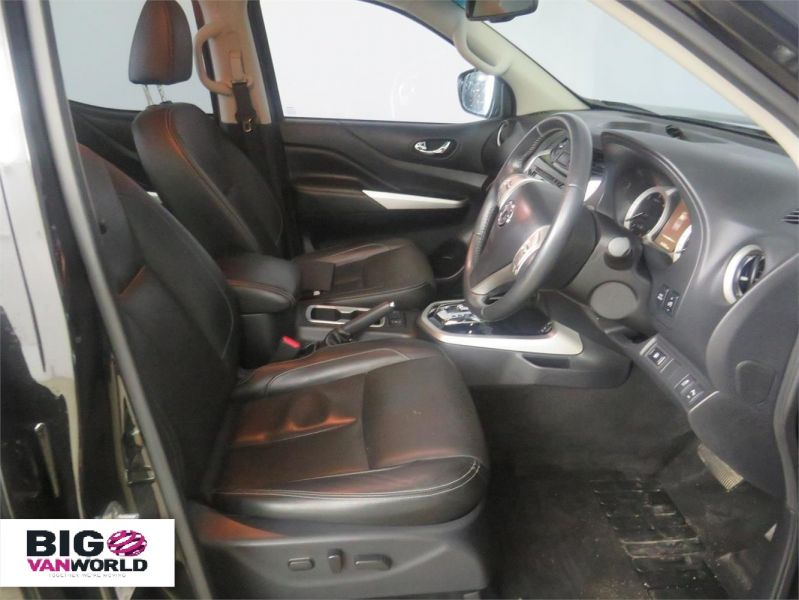 NISSAN NP300 NAVARA DCI 190 TEKNA 4X4 DOUBLE CAB WITH ROLL'N'LOCK TOP - 9186 - 9