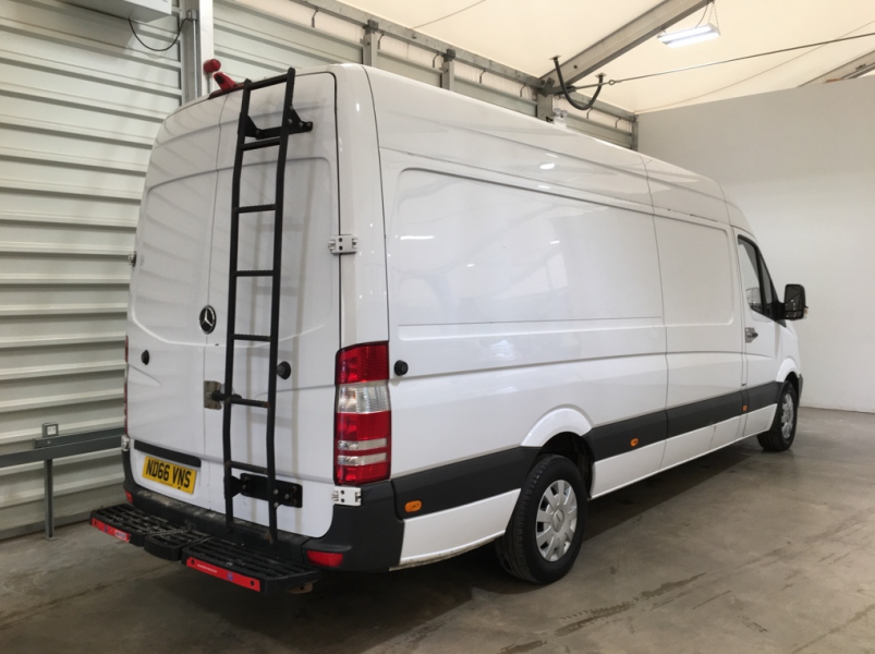 MERCEDES SPRINTER 314 CDI 140 PREMIUM EDITION LWB HIGH ROOF - 11256 - 4