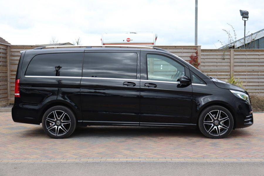 MERCEDES V-CLASS V 220 D AMG LINE LONG 8 SEATS 7G--TRONIC PLUS - 10543 - 5