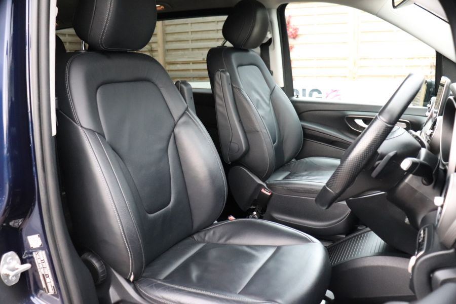 MERCEDES V-CLASS V250 CDI 188 BLUETEC SE 8 SEAT EXTRA LONG - 10420 - 13