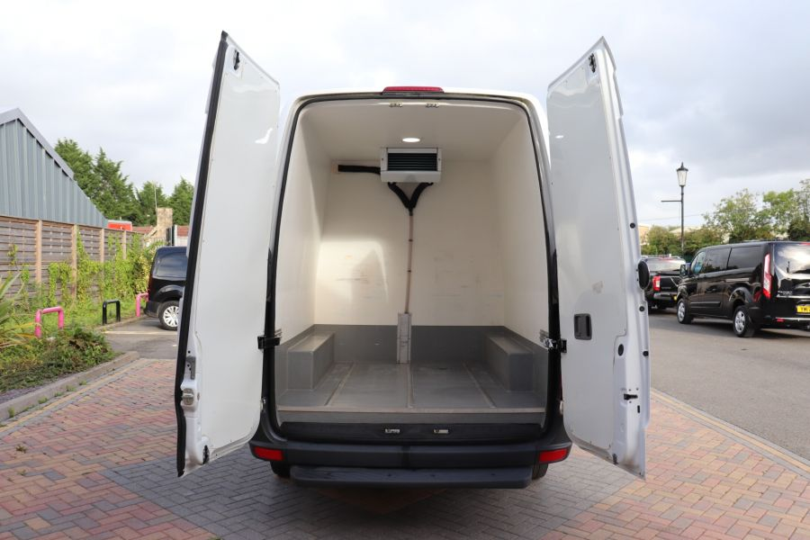 MERCEDES SPRINTER 314 CDI 140 MWB HIGH ROOF FRIDGE/FREEZER VAN - 11283 - 37