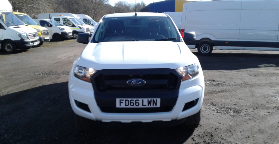 FORD RANGER TDCI 160 XL 4X4 DOUBLE CAB WITH TRUCKMAN TOP  (14253) - 12512 - 9