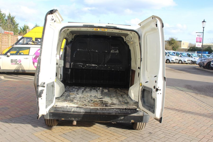 FORD TRANSIT CONNECT T200 TDDI 75 SWB - 7281 - 18