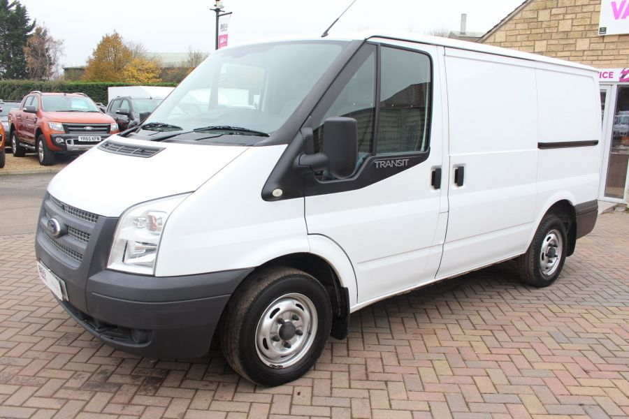 FORD TRANSIT 300 TDCI 100 SWB LOW ROOF FWD - 6939 - 8