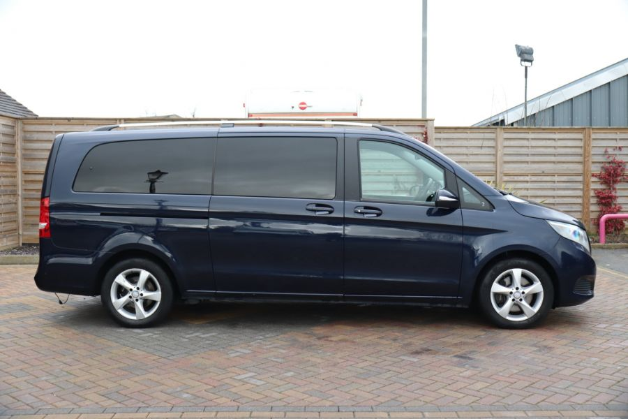 MERCEDES V-CLASS V250 CDI 188 BLUETEC SE 8 SEAT EXTRA LONG - 10420 - 5