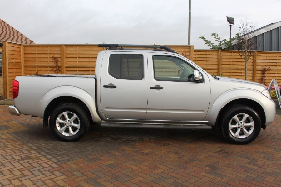 NISSAN NAVARA DCI 190 TEKNA CONNECT 4X4 DOUBLE CAB - 6839 - 4