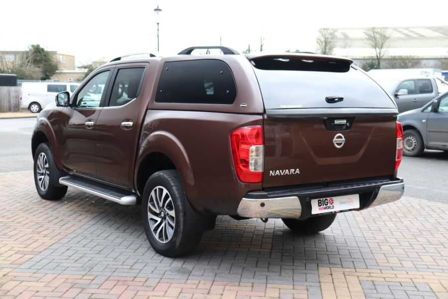 NISSAN NAVARA DCI 190 TEKNA 4X4  DOUBLE CAB WITH TRUCKMAN TOP AUTO - 10310 - 7