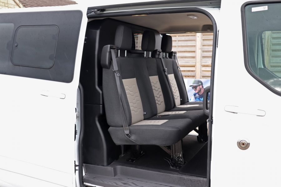 FORD TRANSIT CUSTOM 310 TDCI 130 L2H1 LIMITED DOUBLE CAB 6 SEAT CREW VAN LWB LOW ROOF FWD  (13819) - 12104 - 42