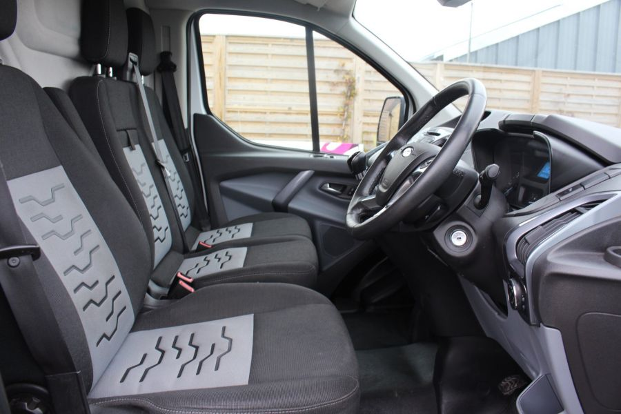 FORD TRANSIT CUSTOM 330 TDCI 125 L1 H1 LIMITED SWB LOW ROOF FWD - 9004 - 11