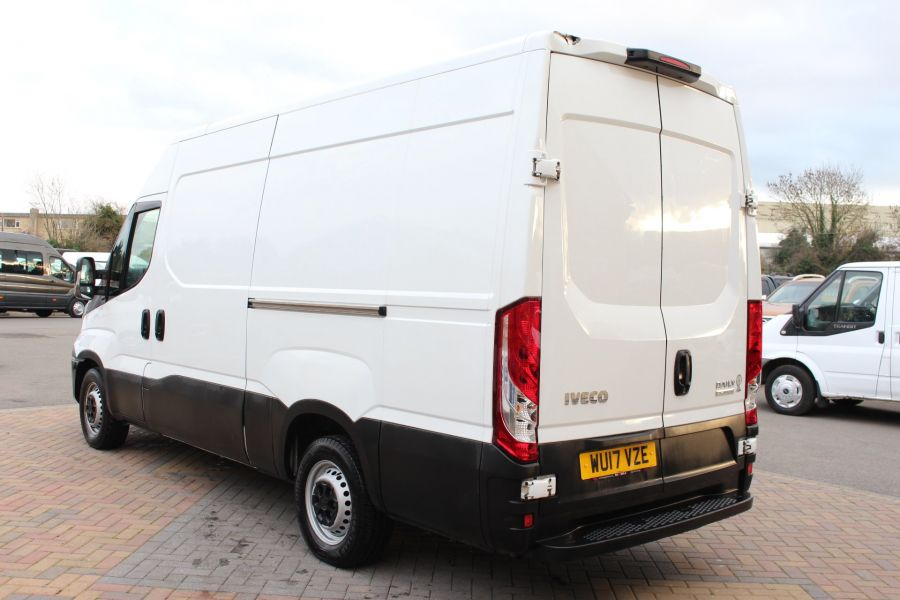 IVECO DAILY 35S13 HI-MATIC MWB HIGH ROOF - 8679 - 7