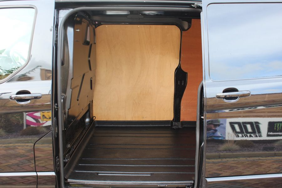 FORD TRANSIT CUSTOM 290 TDCI 155 L2 H2 LIMITED LWB HIGH ROOF FWD - 6755 - 21