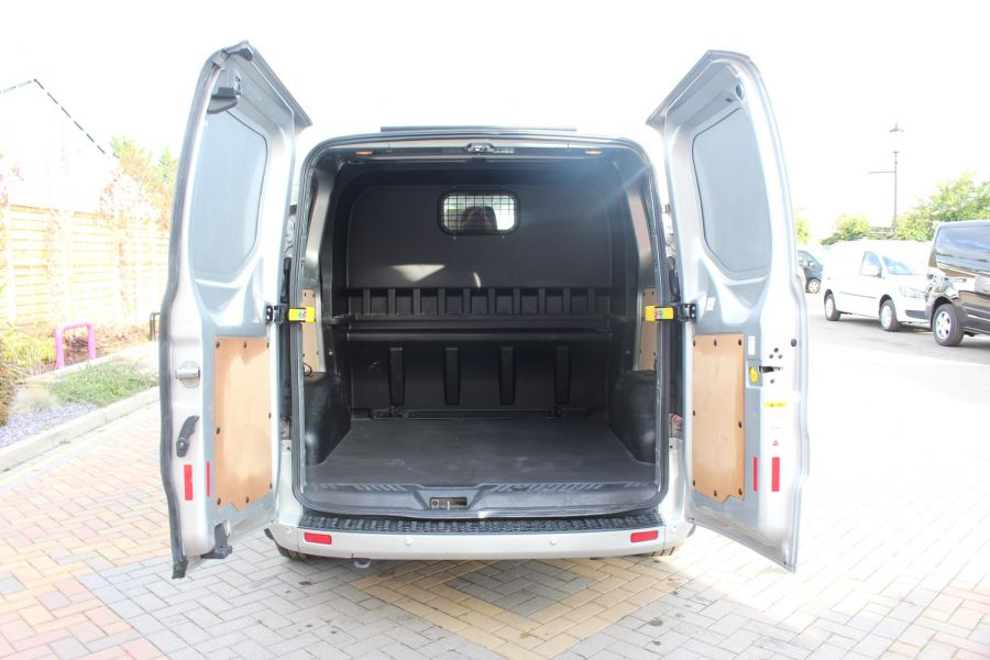 FORD TRANSIT CUSTOM 290 TDCI 125 L1 H1 LIMITED DOUBLE CAB 6 SEAT CREW VAN SWB LOW ROOF FWD - 6791 - 23