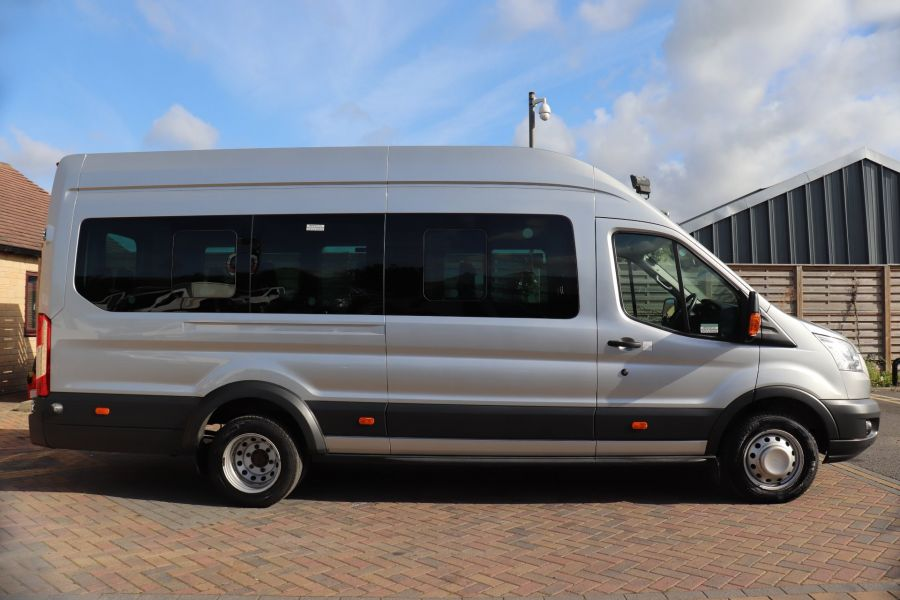 FORD TRANSIT 460 TDCI 125 L4H3 TREND 17 SEAT BUS HIGH ROOF DRW RWD - 10330 - 4