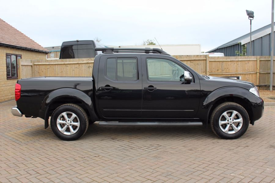 NISSAN NAVARA DCI TEKNA CONNECT 4X4 DOUBLE CAB - 5202 - 2