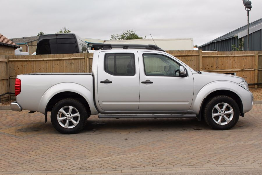 NISSAN NAVARA DCI 190 TEKNA CONNECT 4X4 DOUBLE CAB - 5188 - 2